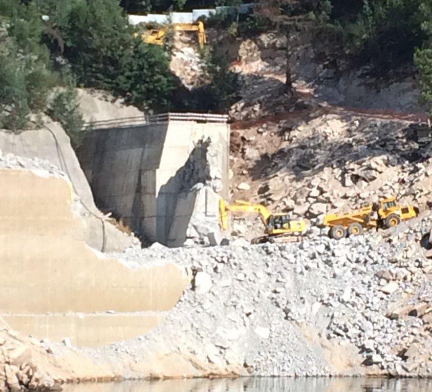 Excavation hydraulique / tunnel / démolition